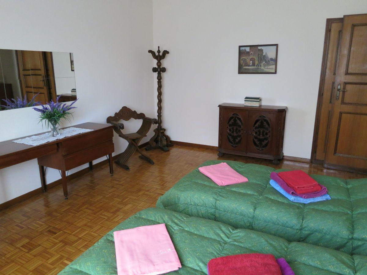 casa club - preiswerte ferienwohnung in trastevere in rom mit balkon