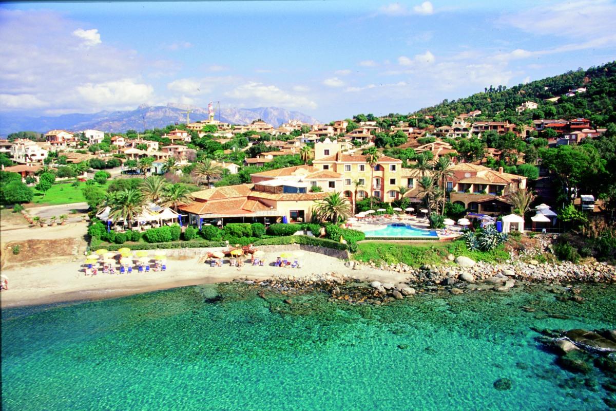 casa club 4 sterne hotel am strand von porto frailis in sardinien. Black Bedroom Furniture Sets. Home Design Ideas