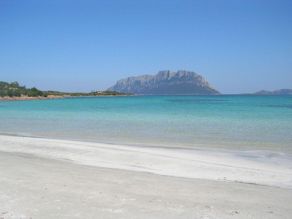 Casa club ferienhaus nahe costa smeralda und olbia for Sardinien ferienhaus am strand