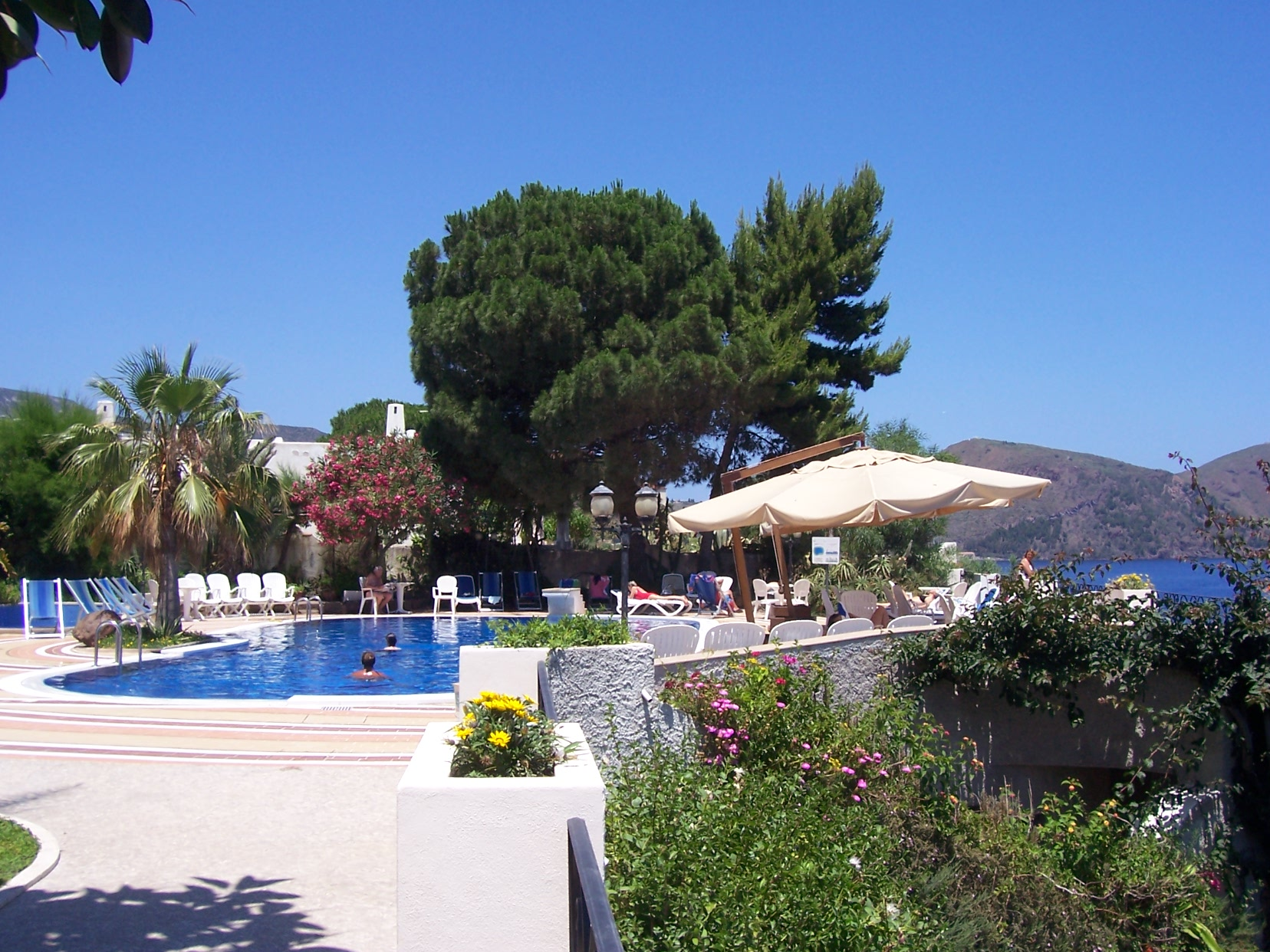 Casa Club Hotel Mit Pool In Lipari Olische Inseln